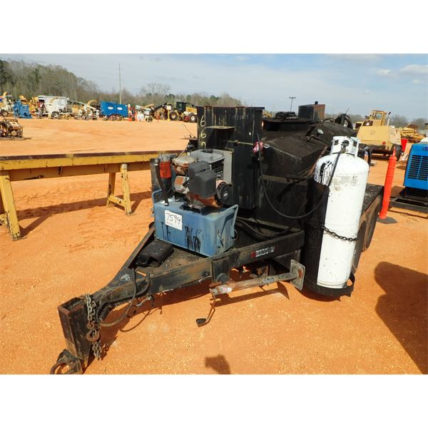 Tack Pot  Asphalt asphalt tank on t/a trailer