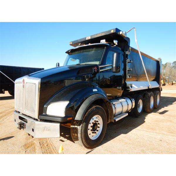 2015 KENWORTH T880 Dump Truck