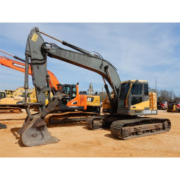 2013 VOLVO ECR235DL Excavator
