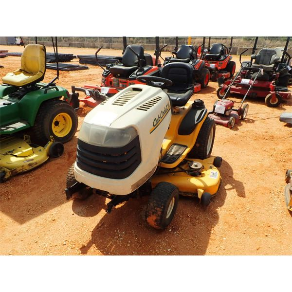 CUB CADET LT1554 Lawn Mower