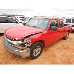 2001 CHEVROLET SILVERADO Pickup Truck