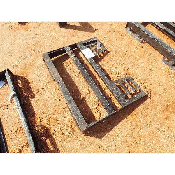 Fork attach plate, fits skid steer loader