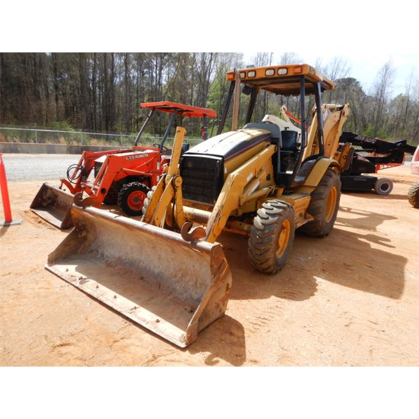 2004 CAT 416D Backhoe