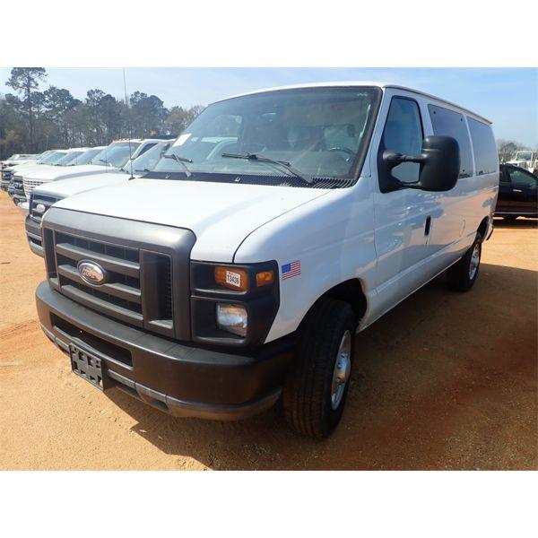 2011 FORD E350 Cargo Van