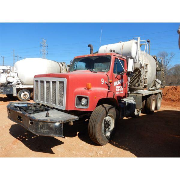 1991 INTERNATIONAL 2674 Concrete Mixer / Pump Truck