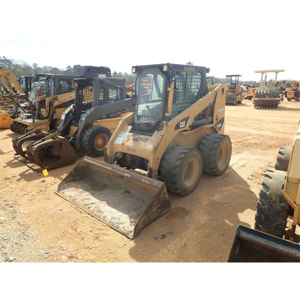2008 CAT 236B Skid Steer Loader - Wheel