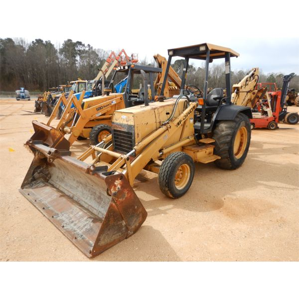 FORD 555D Backhoe