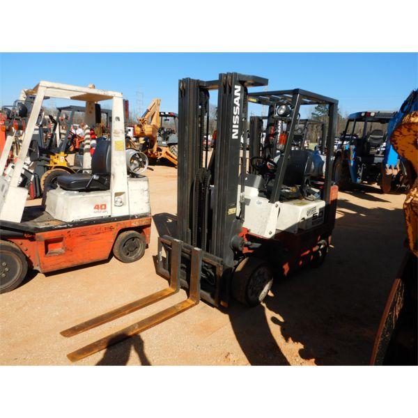 NISSAN 50 Forklift - Mast
