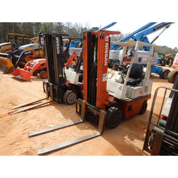NISSAN 40 Forklift - Mast