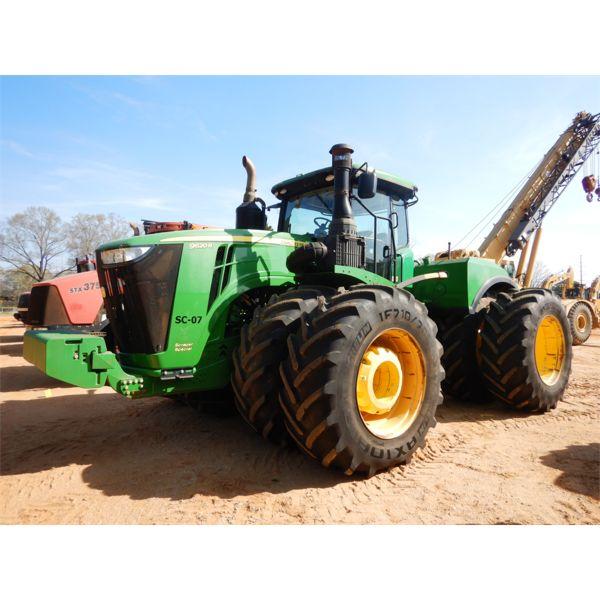 2016 JOHN DEERE 9620R Scraper Tractor