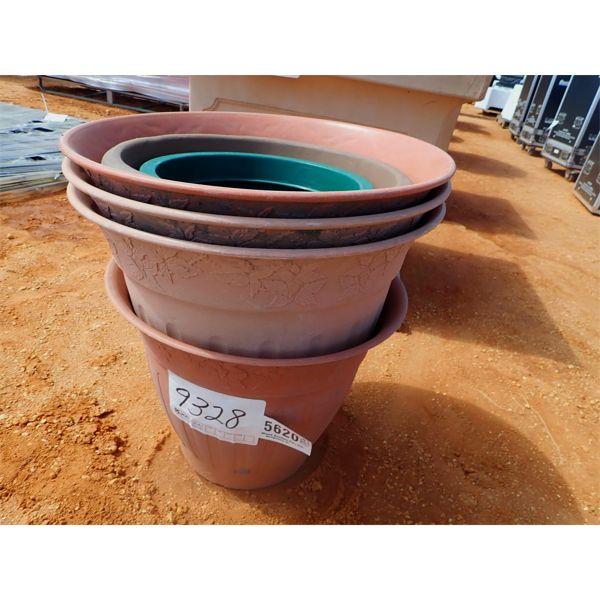 (6) Small planter pots