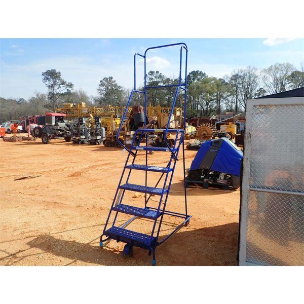 6 step warehouse roll around ladder