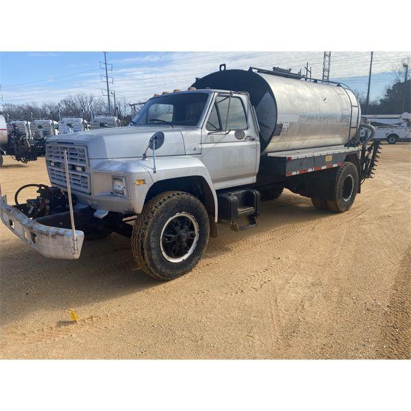 1991 FORD  Asphalt Distributor Truck