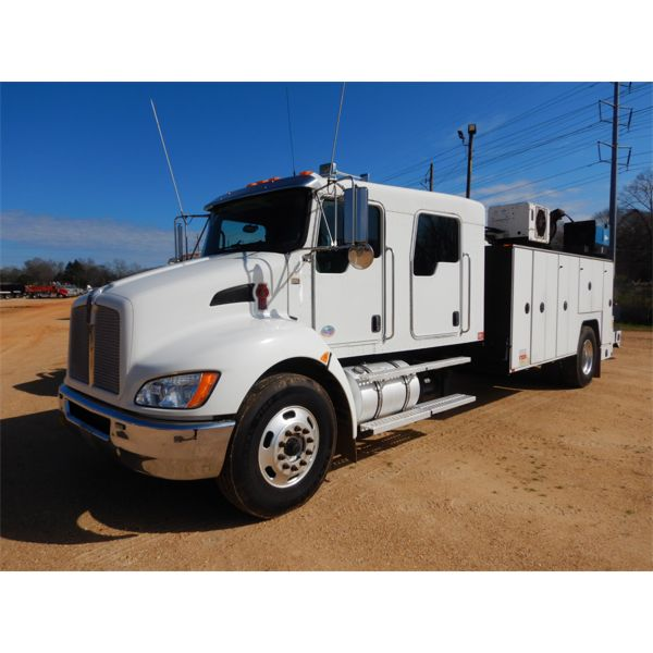 2010 KENWORTH T370 Service / Mechanic Truck