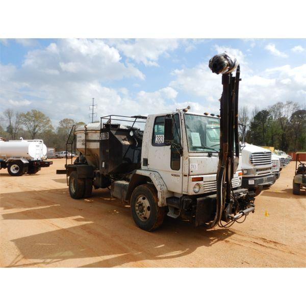 2003 FREIGHTLINER FC-70 Pot Hole Patcher Asphalt Distributor Truck