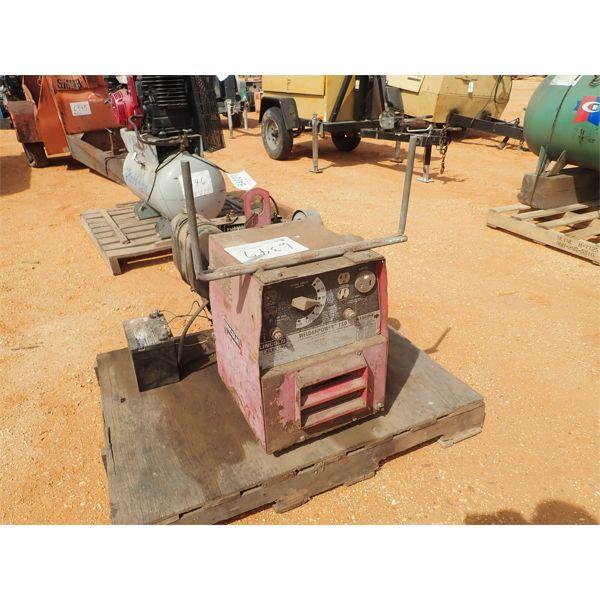 LINCOLN 150 AC/ARC welder, gas engine