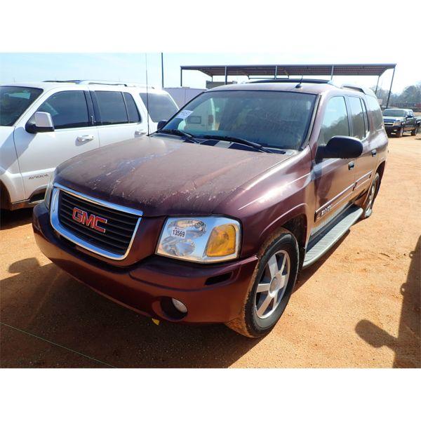 2004 GMC envoy SUV