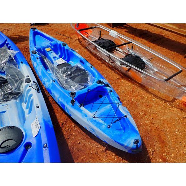 1 man kayak w/ paddle