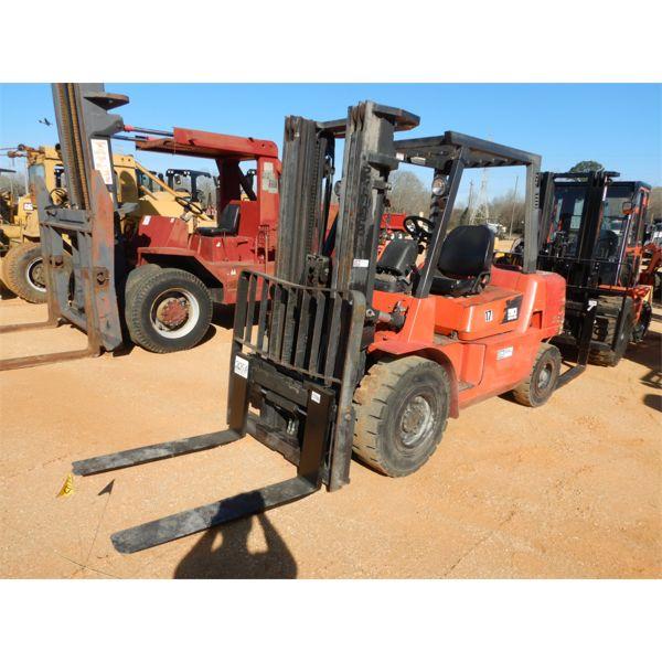 NISSAN F04D40HV Forklift - Mast