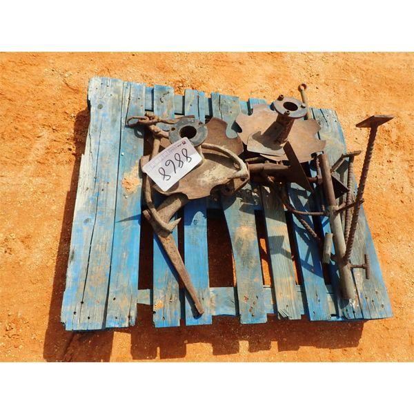 farm misc, 2 disc, ice hook , plow attachment
