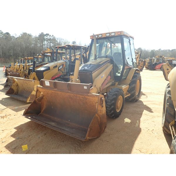 2005 CAT 420D Backhoe