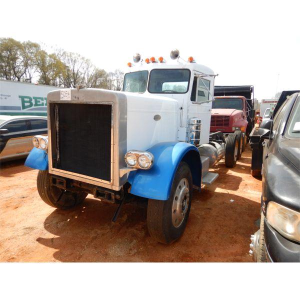 PETERBILT  Day Cab Truck