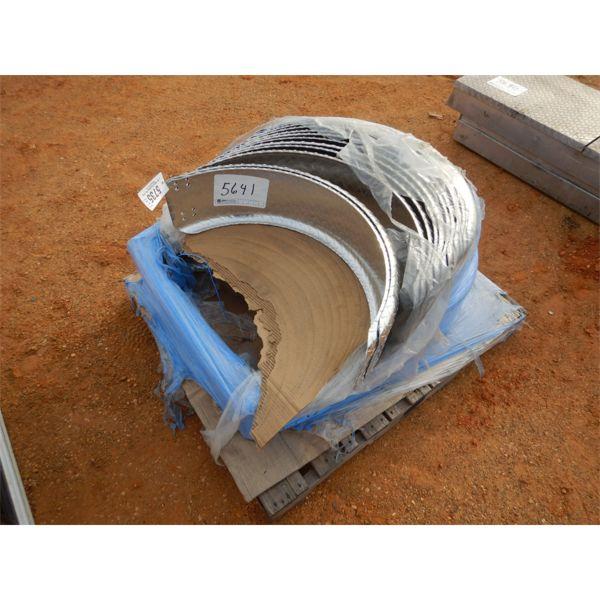 (1) pallet diamond plate fenders