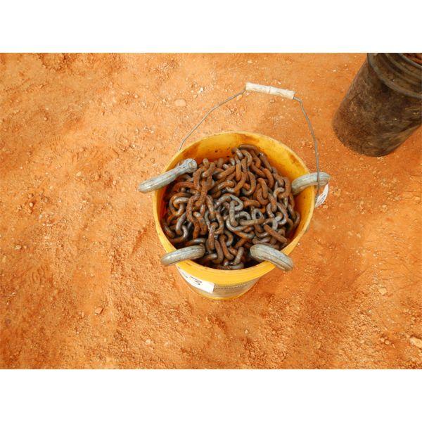 (1) bucket of chain