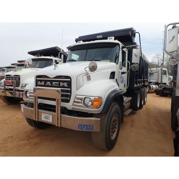 2003 MACK CV713 Dump Truck