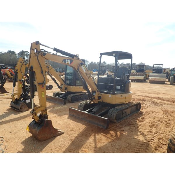 2016 CAT 303.5E2 CR Excavator - Mini