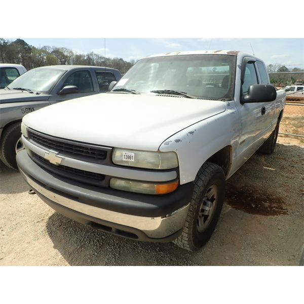 2002 CHEVROLET 1500 Pickup Truck