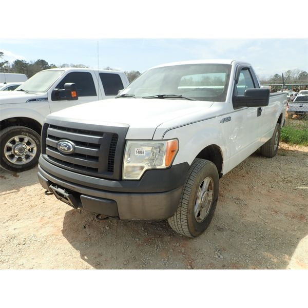 2011 FORD F150 XL Pickup Truck