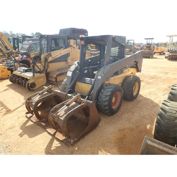 2003 NEW HOLLAND LS180 Skid Steer Loader - Wheel