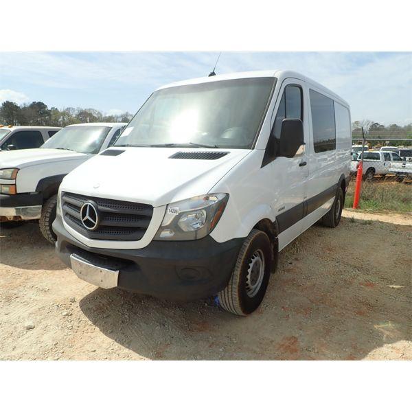 2014 MERCEDES 2500 SPRINTER Cargo Van
