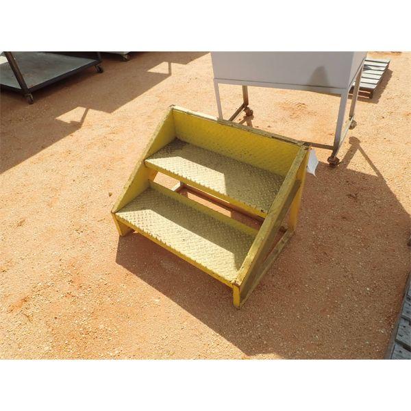 steps (2) yellow (steel diamond plate)