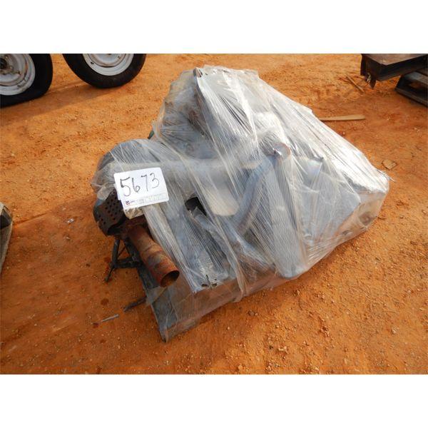 (1) pallet Doosan engine parts