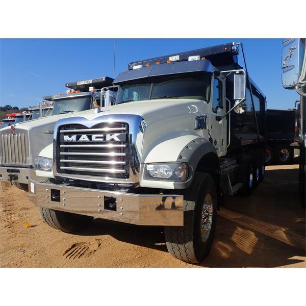 2018 MACK GU713 Dump Truck