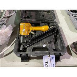 BOSTITCH MCN 150 PNEUMATIC NAIL GUN IN CASE