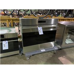 WOLF 30  STAINLESS STEEL  INTEGRATED CONVECTION OVEN