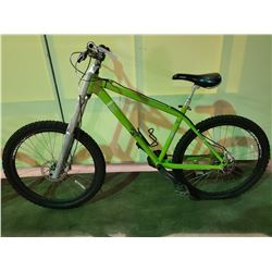 GREEN DEVINCI OPTIMUM 14 - SPEED FRONT SUSPENSION MOUNTAIN BIKE WITH FULL DISC BRAKES