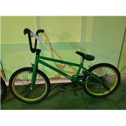 GREEN BOOYAH SINGLE SPEED BMX BIKE (NO BRAKE CABLES)