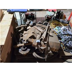 PALLET OF ASSORTED HEAVY DUTY CRANE, CASTERS & HYDRAULIC PARTS