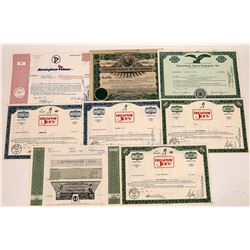 Football & Basketball Stock Certificate Collection  (124725)
