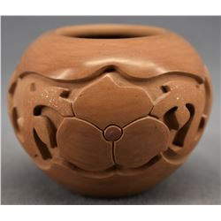 SANTA CLARA INDIAN POTTERY JAR (AUTUMN BORTS MEDLOCK)