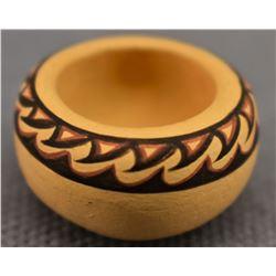 CHEMEHUEVI INDIAN POTTERY JAR (THERESA WILDFLOWER)