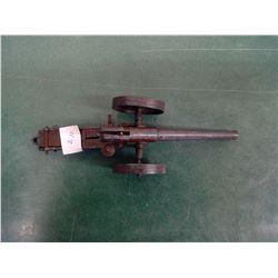 Bat 1915 Toy Mechanical Cannon