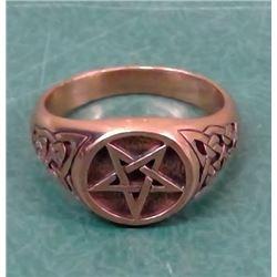 Devils Star Ring