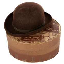 The Brown Derby felt hat candy box in miniature hatbox.