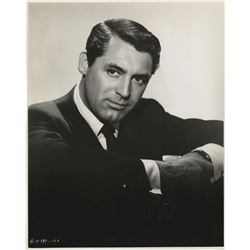 Cary Grant (14) portrait photographs.