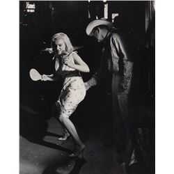 Marilyn Monroe and Clark Gable oversize on set candid photograph from The Misfits.